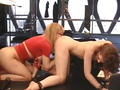 Sizzling Justine Jolie gets licked out by Nina Hartley