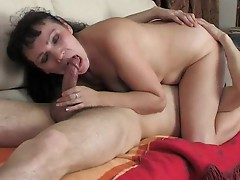 Milf seduces him with kissing and a BJ