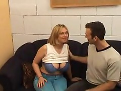 Trying anal with a chubby girl