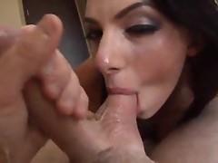 Juelz Ventura loves giving sloppy blowjob