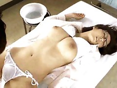 Fun with a hot Japanese pussy