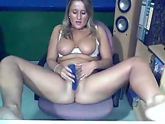 Blonde on her webcam using toys