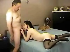 Amateur brunette takes his creampie