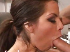 Horny secretary Yurizan Beltran blowing the boss