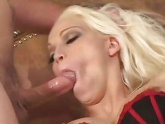 Gorgeous Nikki Hunter gets her mouth crammed with cock