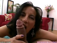Melissa Monet is loving this guyr boyfriend's porksword in that guyr mouth