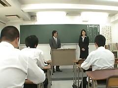 Natsumi Kitahara ass licks her man