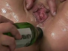 Mature MILF gets asshole hard fucked