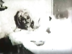 Marilyn monroe seductive sextape in bathtub