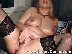 Webcam dildo love for nasty blonde