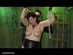 Hot mom jada sinn in bdsm matrix torture