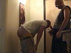 Horny dude receives blowjob from his lover !
