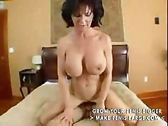 MILF does some hot sucking and hot and heavy deep fucking