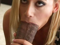 Dirty blonde Kylie Worthy shows how to suck a cock the right way.