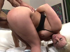Slutty Phoenix Marie gets pounded up her wet gash