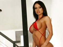 Sexy Franceska Jaimes shows off her amazing curves