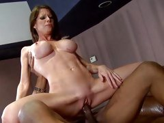Rampant whore wraps her piss flaps round a massive cock
