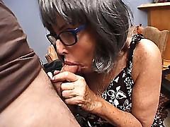 Horny Granny dicked
