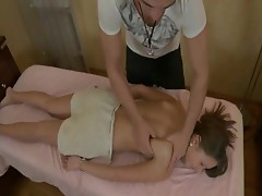 babe gets a hardcore pussy massage
