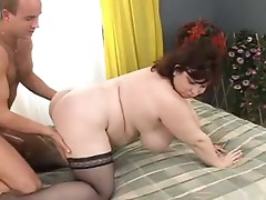 Short haired chubby has some fucking movement onto a white bed