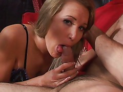 Babe loves cum in her mouth