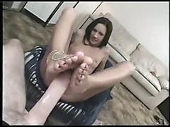 Taylor Rain giving foot job