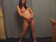 UK WIFE DANCING NAKED