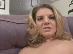Kayla Quinn hot MILF