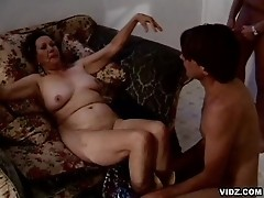 Wrinkled old slut pampers more than one cock