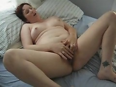 betty fingering her hairy pussy