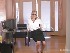 Secretary Striptease