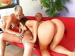 My Obsession With Big Ass Girls - Missy & Mia 3some