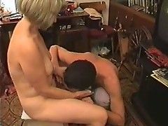 Fuck Blonde Mom