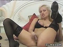 Blond that squirted in the cam