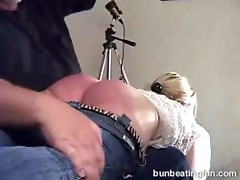 Bad model Aaralyn spanked