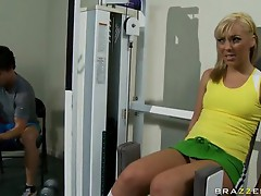 Brazzers Teens Like It Big Ally Kay in Humping Iron