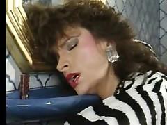 Teresa Orlowski - Vergewaltigung auf der Toilette