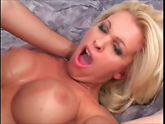 Dolly Golden squirting to stick it out