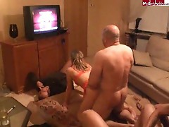 Gangbanging of one diryt girls by sveral horny studs