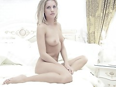 Erotic (MrNo)