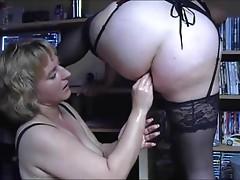 Anal BBW lesbian fist 1