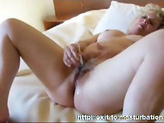 Toying Cumming and Squirting a bit