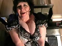 Upskirt Maid